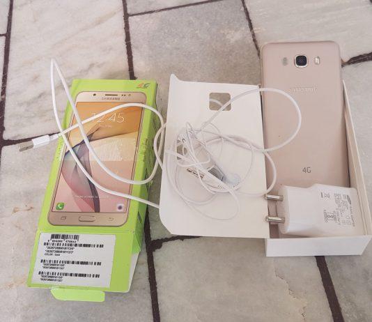 Samsung-galaxy-On8-box-content